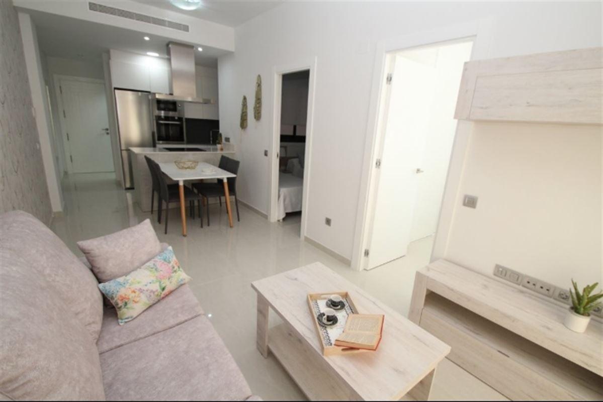 Image 5 : Appartement à  TORREVIEJA (Espagne) - Prix 109.900 €
