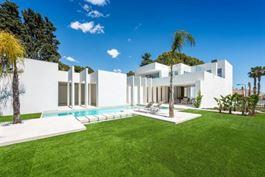 Villa à  LA ZENIA (Espagne) - Prix 1.590.000 €