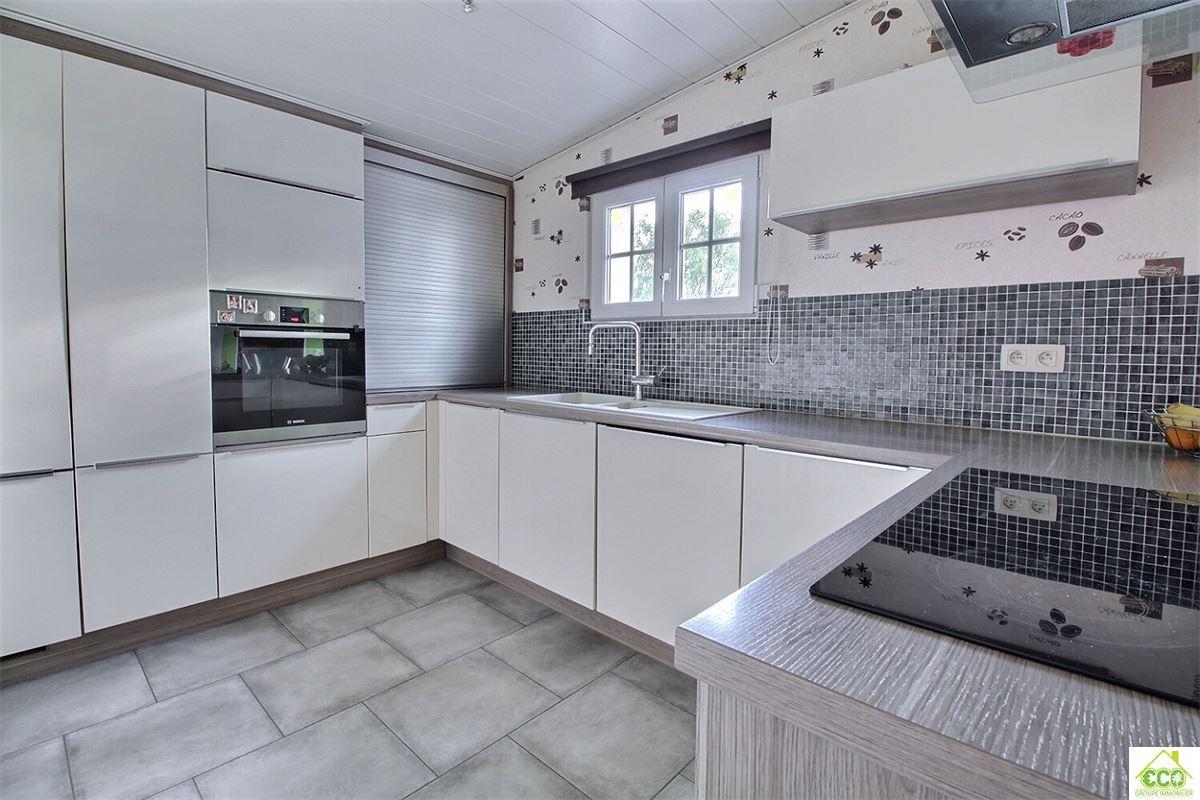 Image 4 : Maison à 5600 SURICE (Belgique) - Prix 210.000 €