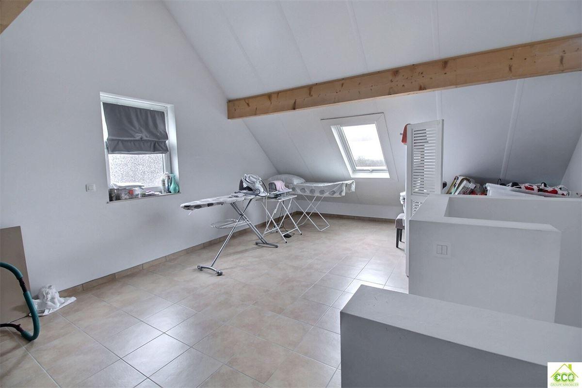 Image 8 : Maison villageoise à 5170 LESVE (Belgique) - Prix 245.000 €