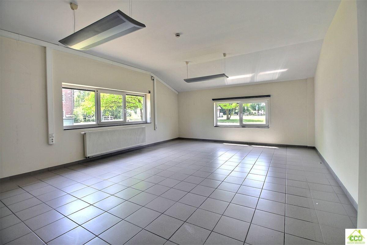 Image 8 : Immeuble de bureaux à 4280 Hannut (Belgique) - Prix 480 €