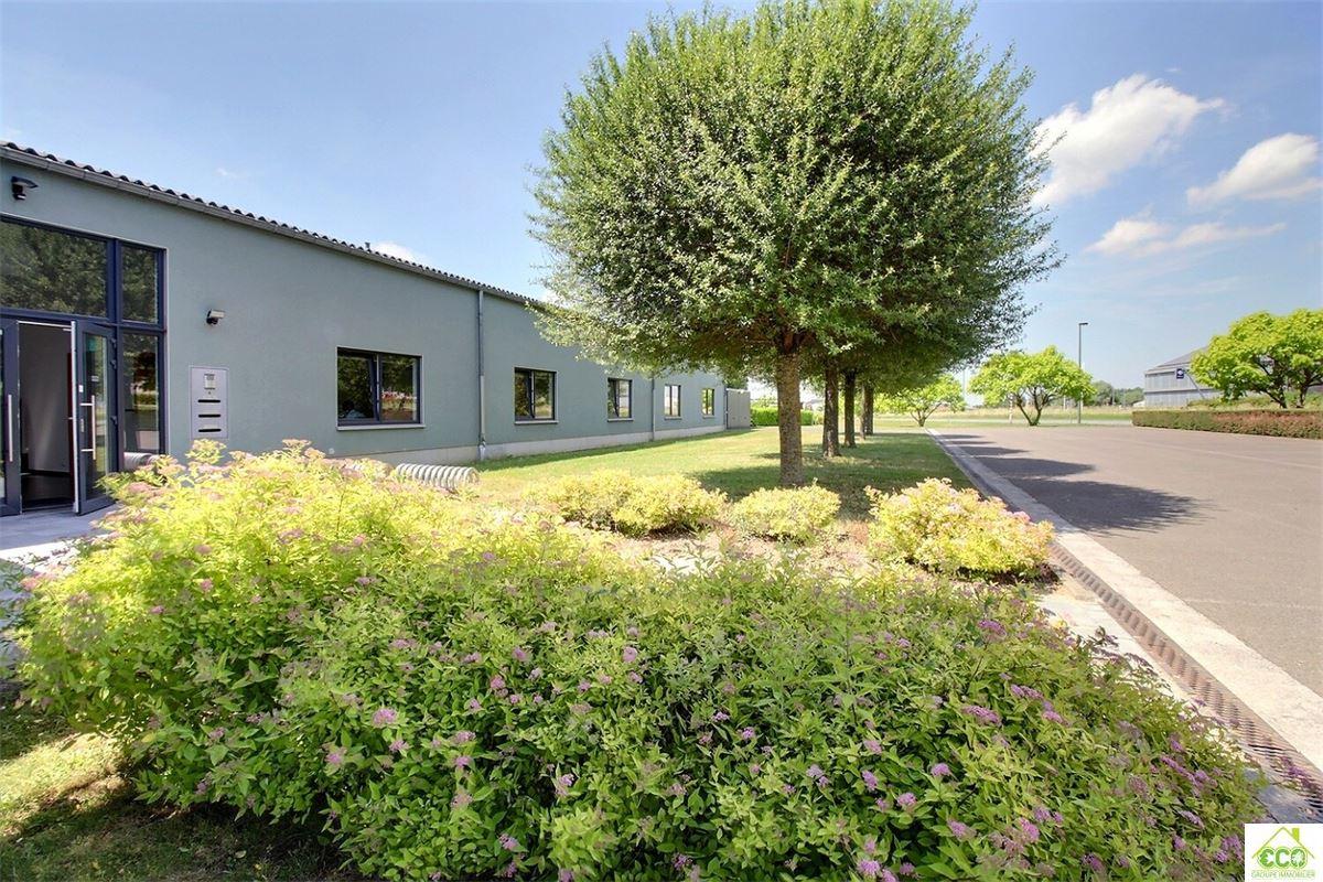 Image 2 : Immeuble de bureaux à 4280 Hannut (Belgique) - Prix 480 €