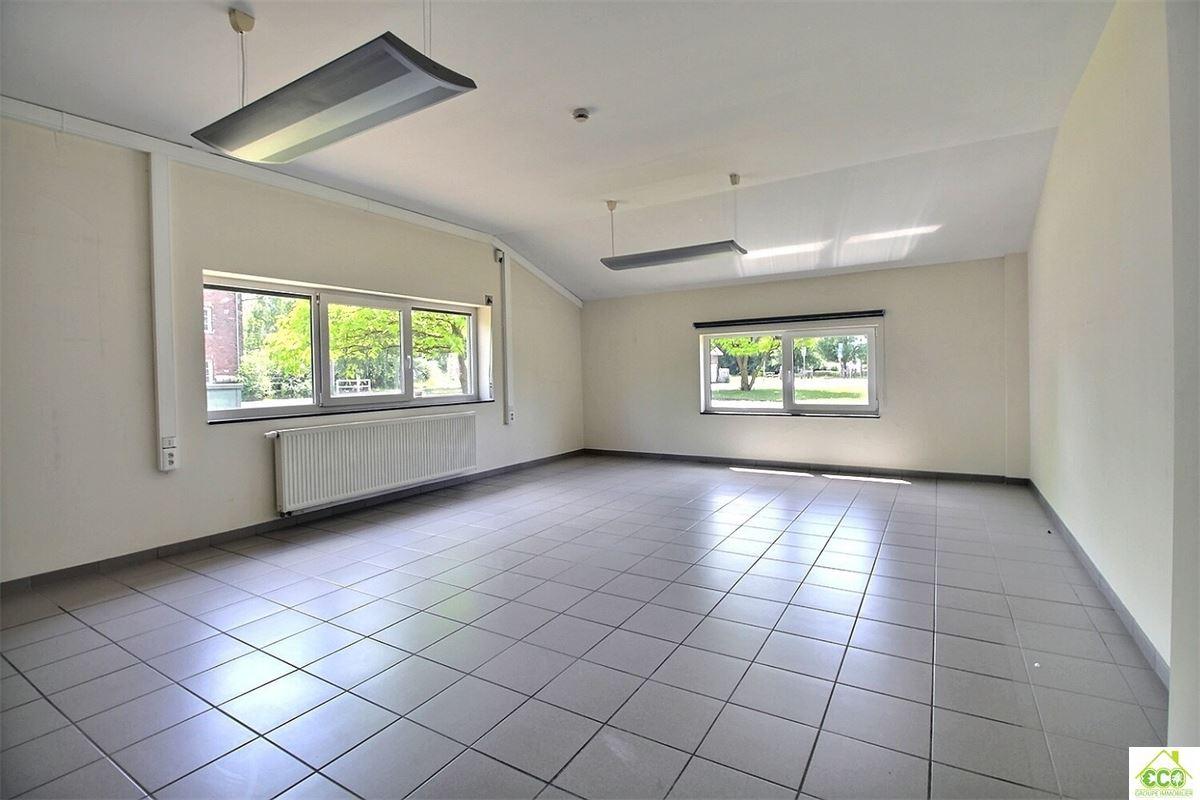 Image 8 : Immeuble de bureaux à 3800 SINT-TRUIDEN (Belgique) - Prix 1.295 €