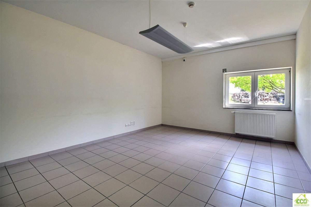 Image 9 : Immeuble de bureaux à 4280 Hannut (Belgique) - Prix 480 €