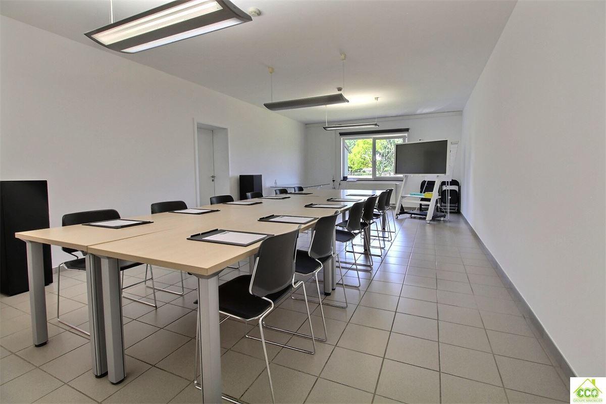 Image 5 : Immeuble de bureaux à 4280 Hannut (Belgique) - Prix 480 €