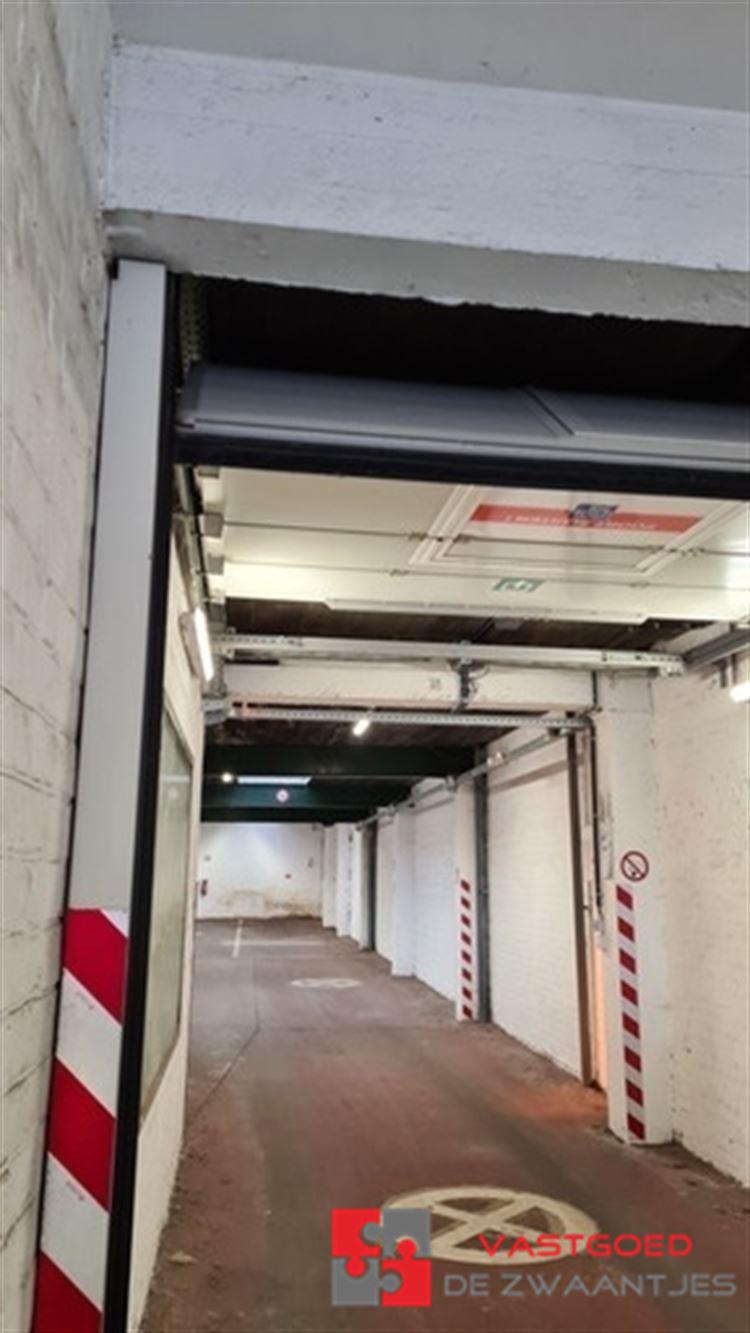 Foto 4 : Parking/Garagebox te 2660 HOBOKEN (België) - Prijs € 950