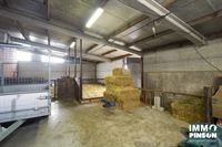 Foto 25 : boerderij te OOSTVLETEREN (8640) - België