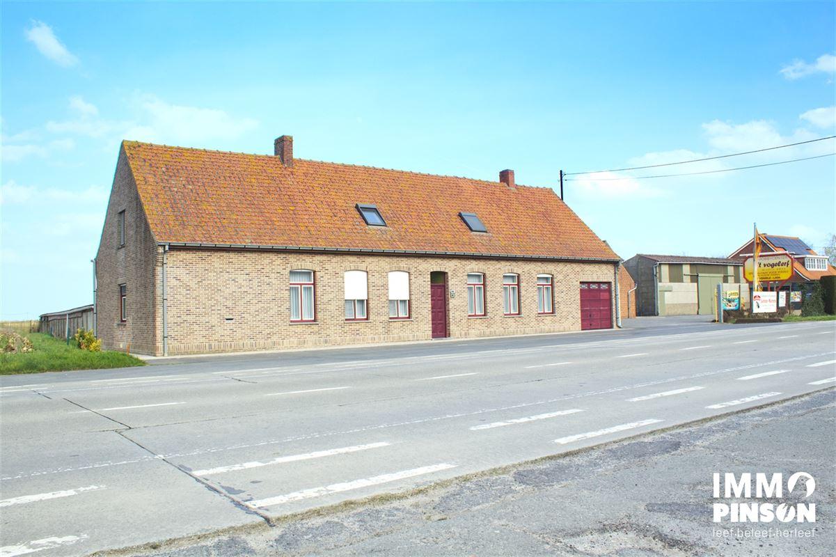 Foto 1 : boerderij te OOSTVLETEREN (8640) - België