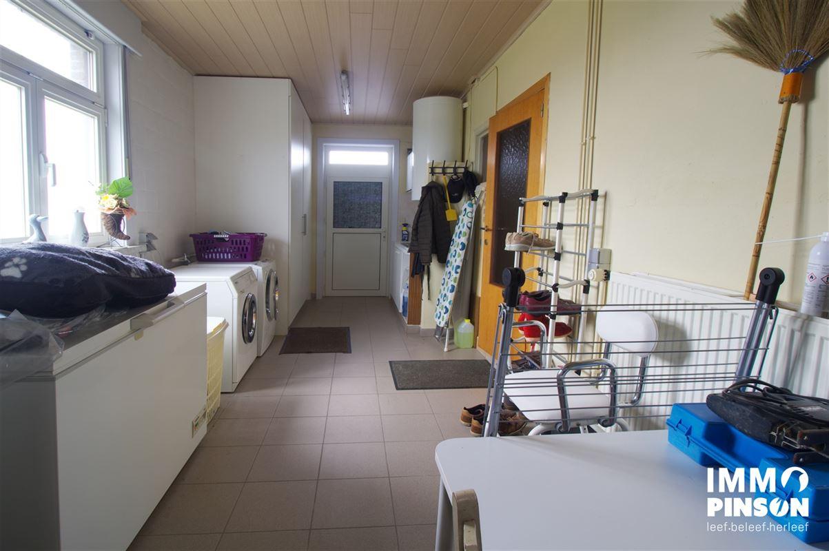 Foto 6 : boerderij te OOSTVLETEREN (8640) - België