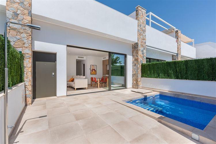 Foto 1 : nieuwbouw woning te 03190 PILAR DE LA HORADADA (Spanje) - Prijs € 249.900