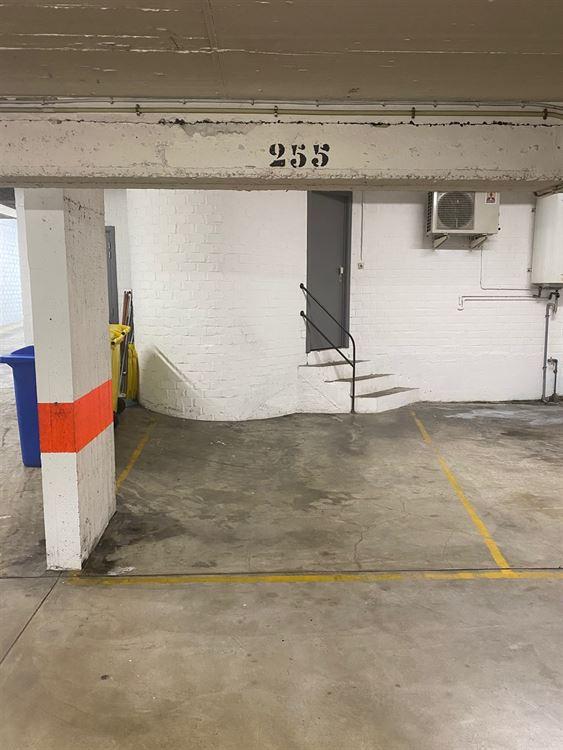 Image 4 : garage / parking à 1000 BRUSSEL (Belgique) - Prix 85 €