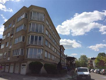 appartement te 1030 SCHAARBEEK (België) - Prijs € 900