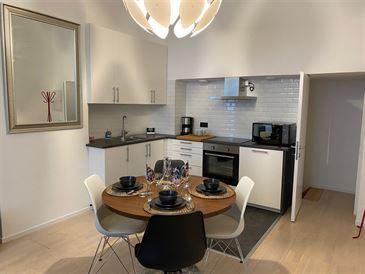 appartement te 1030 SCHAARBEEK (België) - Prijs € 800