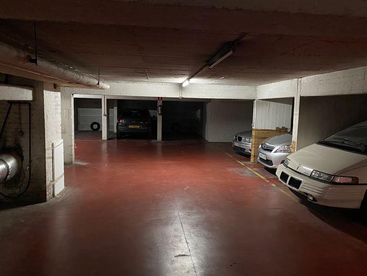 Foto 5 : binnenstaanplaats te 1000 BRUSSEL (België) - Prijs € 80