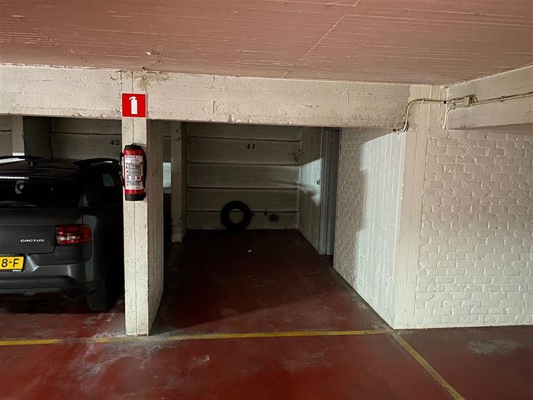 Foto 4 : binnenstaanplaats te 1000 BRUSSEL (België) - Prijs € 80