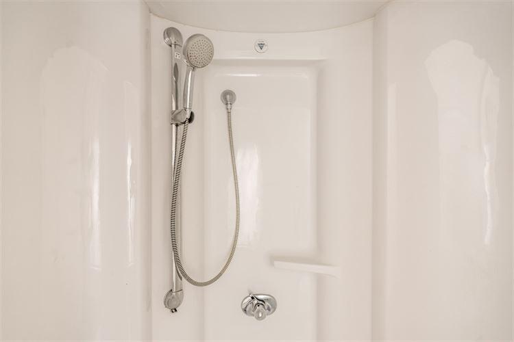 Foto 8 : huis te 2861 ONZE-LIEVE-VROUW-WAVER (België) - Prijs € 398.000
