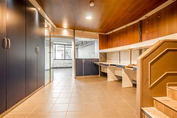 commercieel te 2860 SINT-KATELIJNE-WAVER (België) - Prijs € 372.000