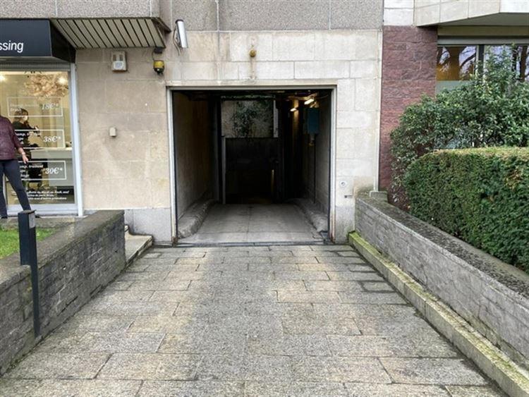 Foto 2 : binnenstaanplaats te 1000 BRUSSEL (België) - Prijs € 90