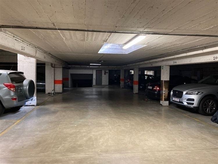 Image 3 : parking interieur à 1000 BRUXELLES (Belgique) - Prix 24.000 €