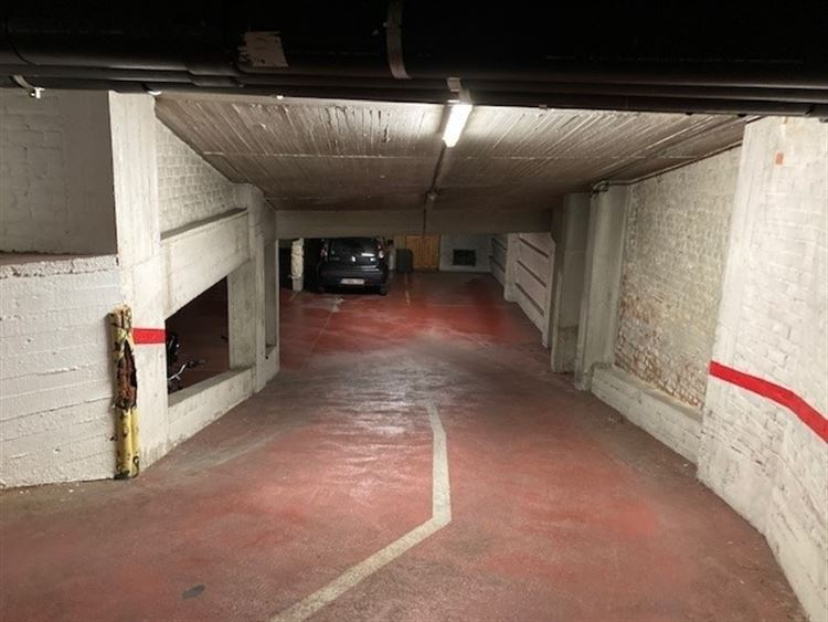 Foto 2 : binnenstaanplaats te 1000 BRUSSEL (België) - Prijs € 22.000