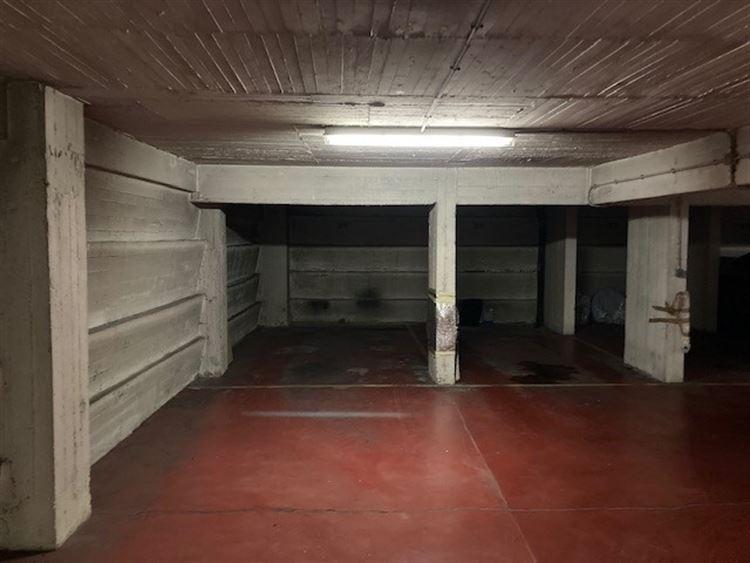 Foto 9 : binnenstaanplaats te 1000 BRUSSEL (België) - Prijs € 22.000