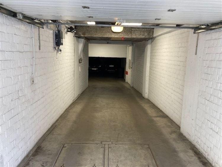 Foto 2 : binnenstaanplaats te 1000 BRUSSEL (België) - Prijs € 44.000