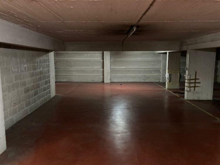 Foto 8 : binnenstaanplaats te 1000 BRUSSEL (België) - Prijs € 44.000