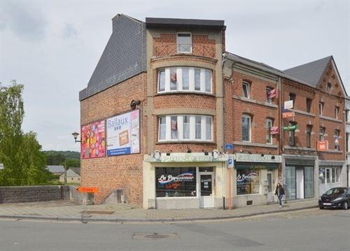 Gemengd gebouw te koop te ROCHEFORT (5580)
