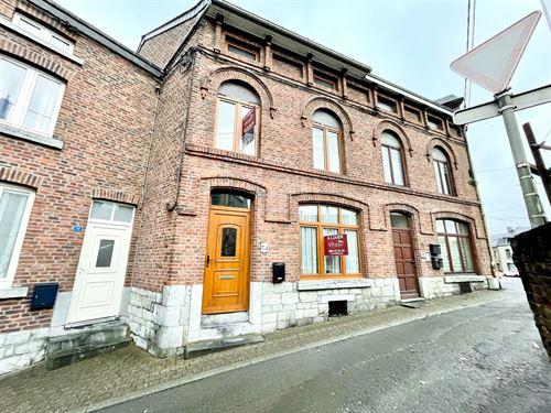 Huis 2 gevels te huur te ROCHEFORT (5580)
