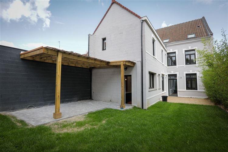 Maison bourgeoise à 59390 TOUFFLERS (France) - Prix 555.000 €