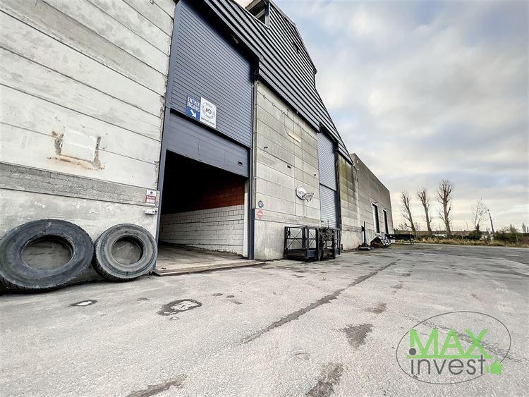 Entrepôt à 7700 MOUSCRON (Belgique) - Prix 445 €