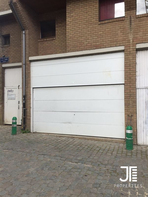 Parking/Garagebox te 1348 LOUVAIN-LA-NEUVE (België) - Prijs