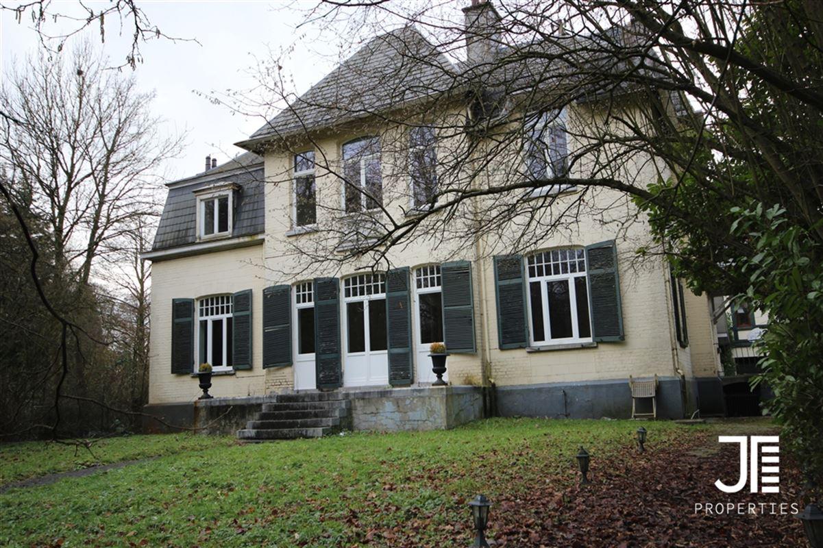 Image 1 : Villa à 1640 RHODE-SAINT-GEN_SE (Belgique) - Prix 1.650.000 €