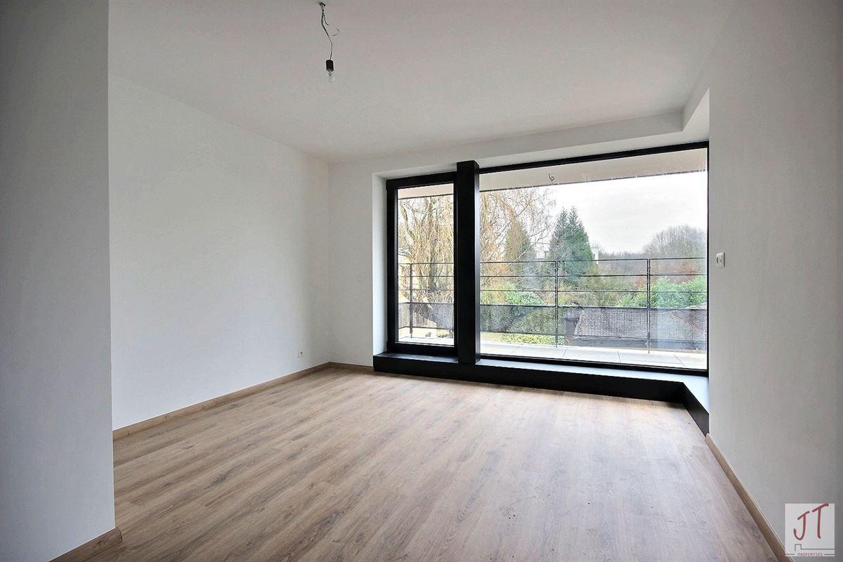 Foto 14 : Prestigieuze villa te 1160 OUDERGEM (België) - Prijs € 890.000