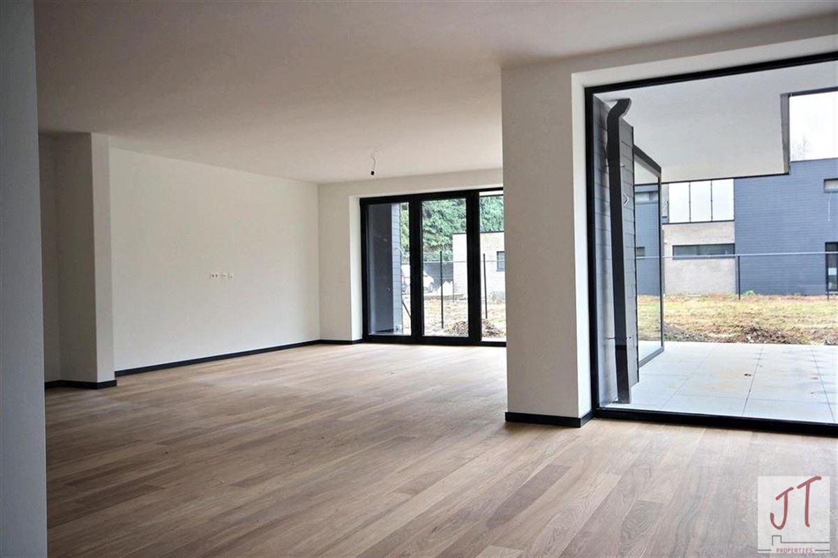 Foto 7 : Prestigieuze villa te 1160 OUDERGEM (België) - Prijs € 890.000