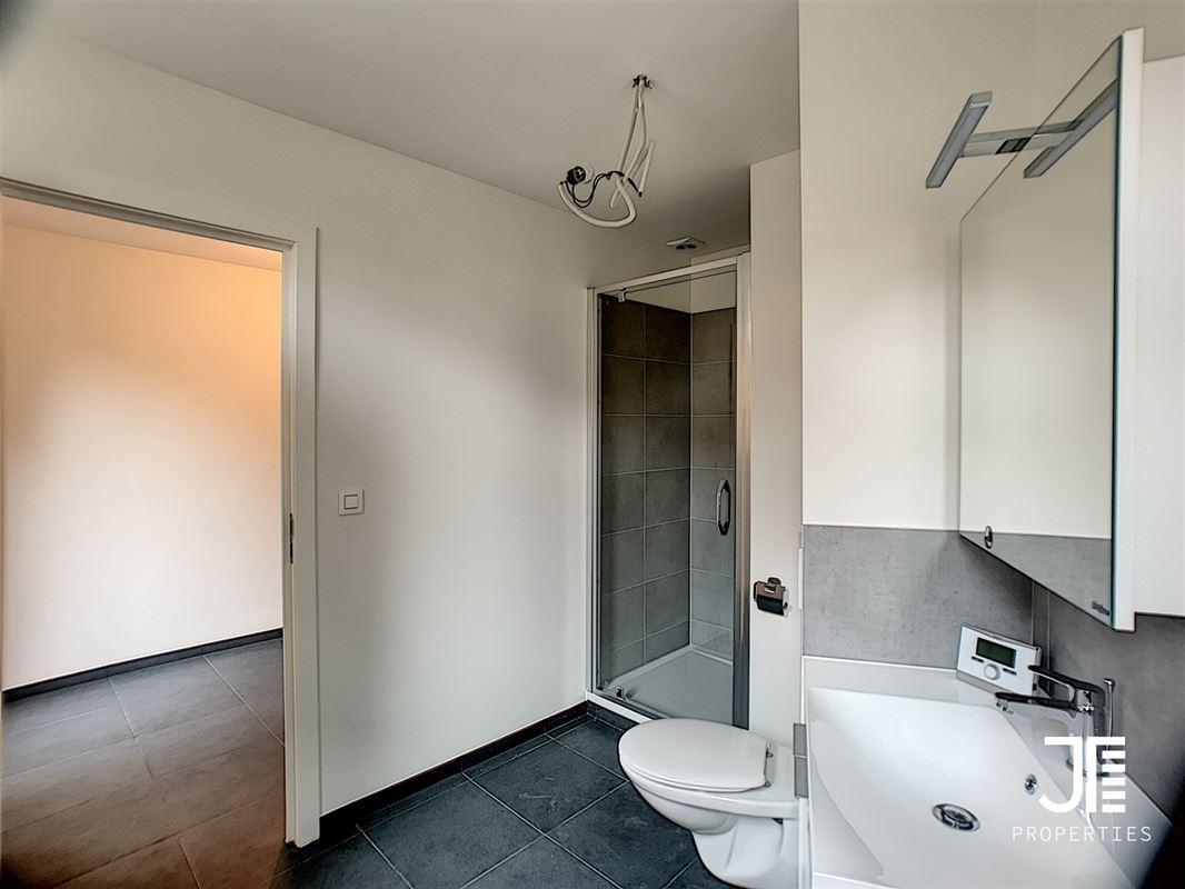 Image 9 : Appartement à 1080 MOLENBEEK-SAINT-JEAN (Belgique) - Prix 780 €