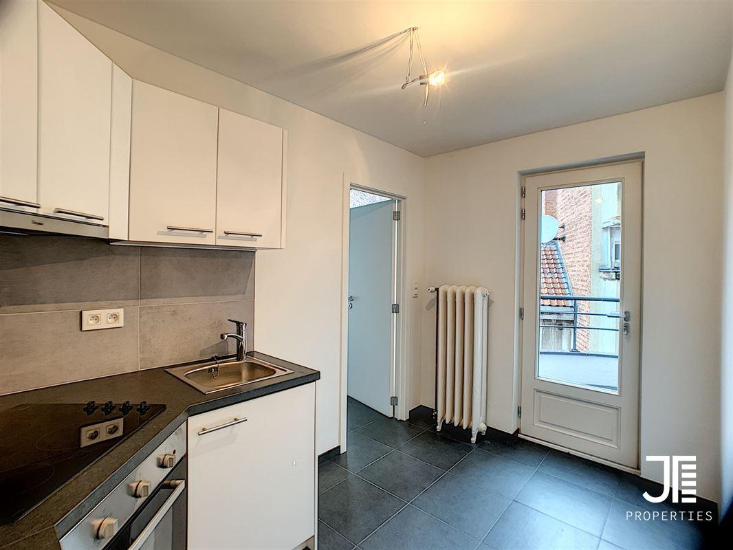 Image 7 : Appartement à 1080 MOLENBEEK-SAINT-JEAN (Belgique) - Prix 780 €