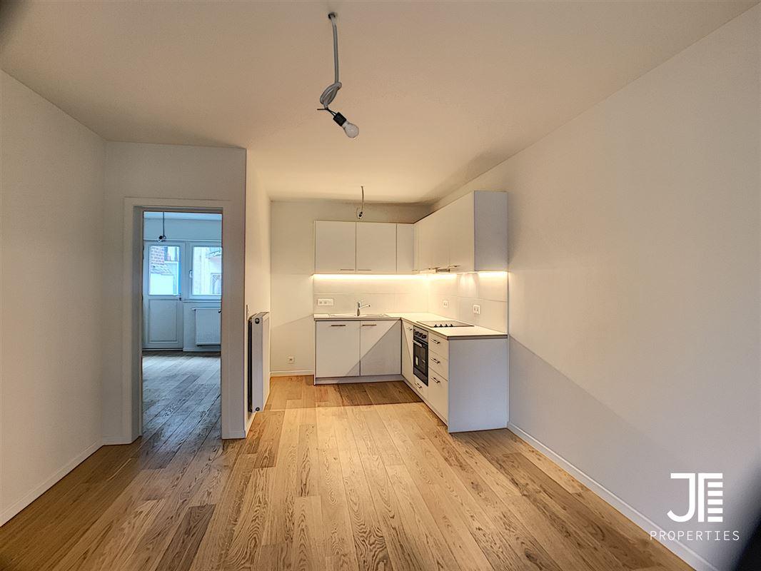 Image 5 : Appartement à 1080 MOLENBEEK-SAINT-JEAN (Belgique) - Prix 980 €