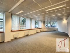 Foto 2 : Burelen te 1310 LA HULPE (België) - Prijs € 1.000