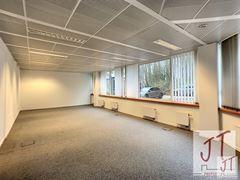 Foto 1 : Burelen te 1310 LA HULPE (België) - Prijs € 1.000