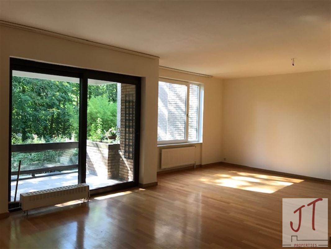 Appartement à 1180 UCCLE (Belgique) - Prix 990 €