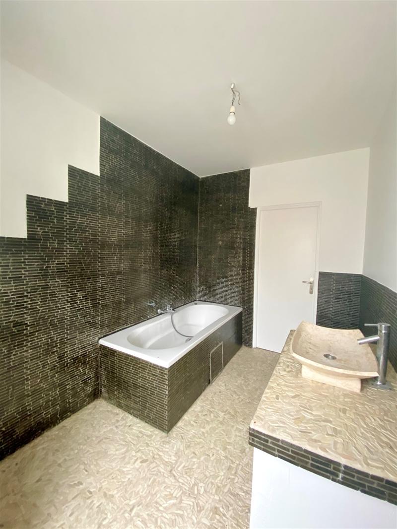 Image 4 : Appartement à 7520 TEMPLEUVE (Belgique) - Prix 500 €