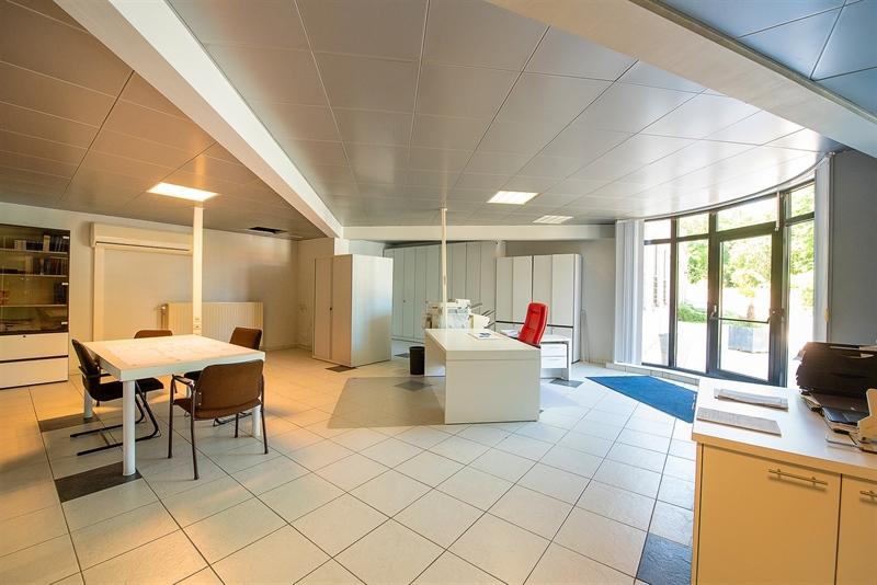 Image 4 : Bureaux à 7700 Mouscron (Belgique) - Prix 399.000 €