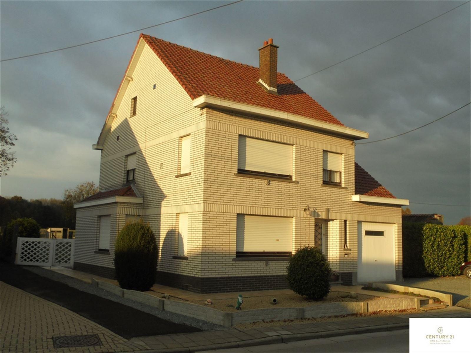 Huis – 9506 Nieuwenhove