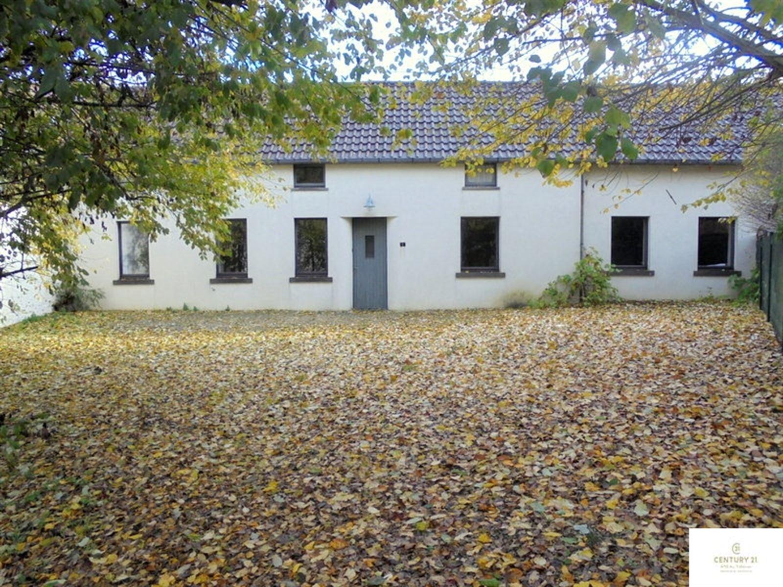 Huis – 1547 BiÉvÈne
