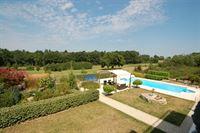 Foto 6 : Villa te 16220 ROUZÈDE (Frankrijk) - Prijs € 595.000