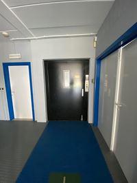Foto 8 : Bedrijfsgebouw te 3740 BILZEN (België) - Prijs € 950
