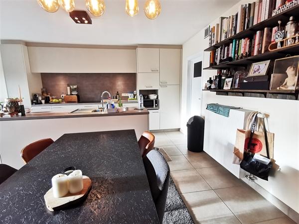 Conciërge-appartement met 2 slpk te huur in Gentbrugge