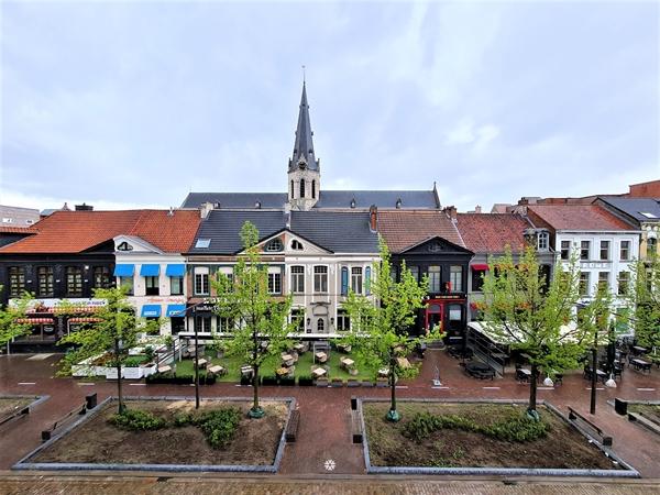 Ruim drie slaapkamer appartement te huur hartje Sint-Niklaas